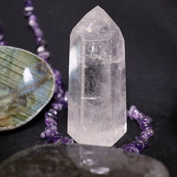 Bergkristallspitze Heilstein Stufe Edelstein 66 mm (Bergkristall C)